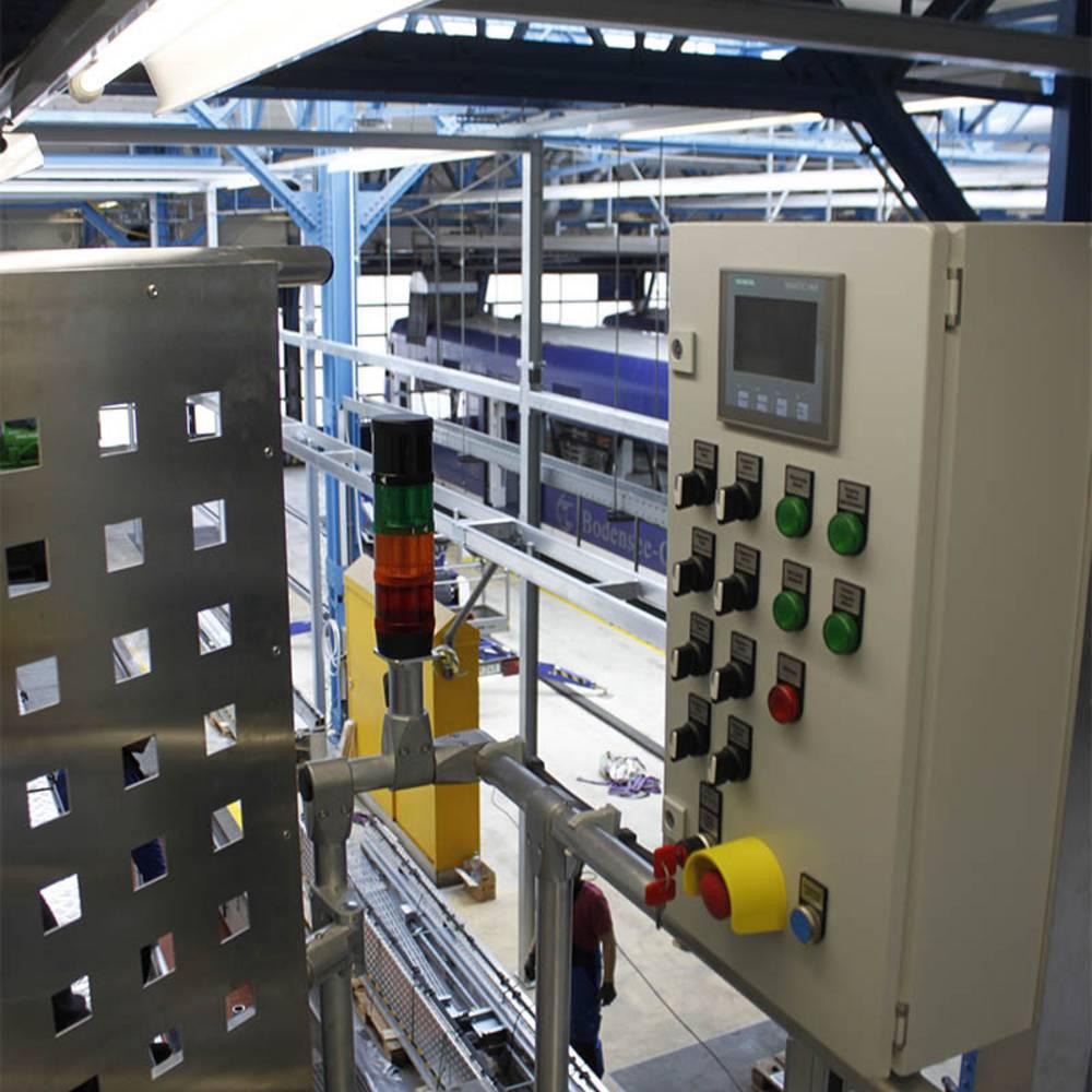 Instalacja panelu sterowania i systemu sygnalizacyjnego