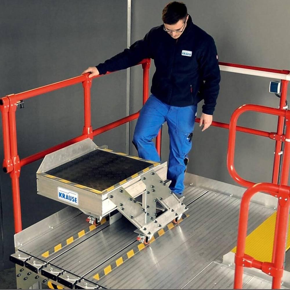 Schody z platformą z dospasowaniem do konturu oraz dodatkowym wózkiem jezdnym