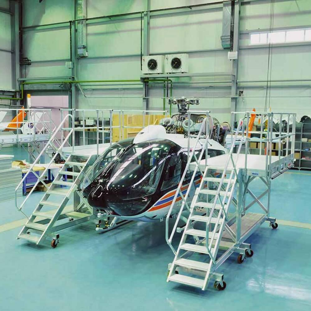 Mobilna platforma robocza i jej zastosowanie przy pracach konseracyjnych helikopterów