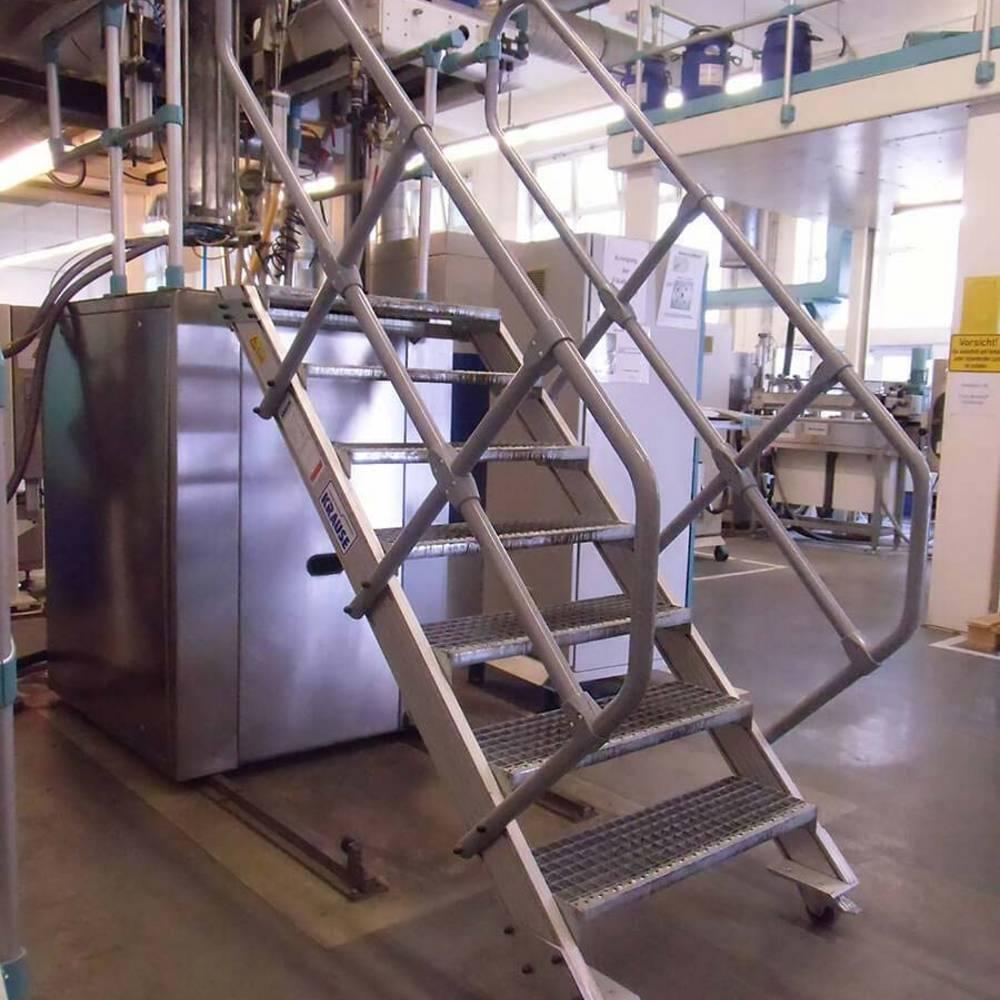 Schody ruchome do konserwacji maszyn