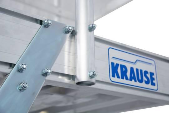 Jezdny podest roboczy z jednostronnym wejściem - wielkość podestu 600x700 mm, aluminium ryflowane