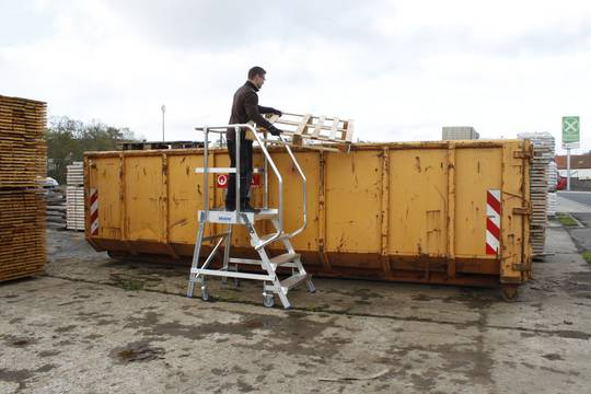 Przykład zastosowania jezdnego podestu roboczego z jednostronnym wejściem