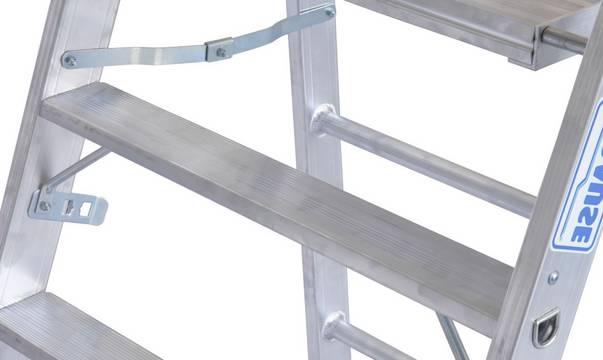 Schodki Profi - podwójna funkcja: para schodków może służyć również jako podstawa do zawieszania pomostu (1,5 - 2,0 m długości) i stworzenia dużej platformy roboczej