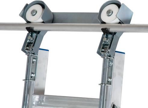Drabina regałowa ze stopniami do przesuwania na prowadnicy o przekroju okrągłym- mechanizm jezdny do drabin regałowych, odpowiedni do prowadnicy o przekroju okrągłym