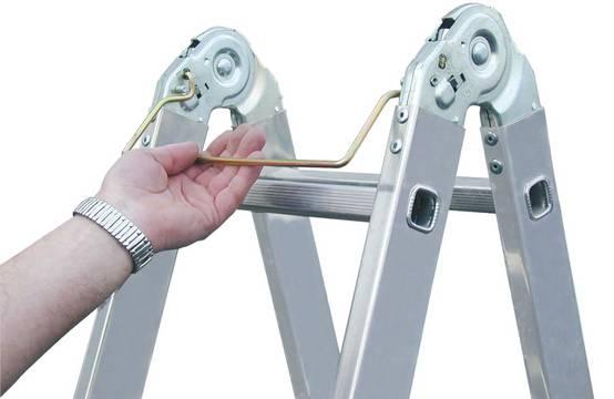 Drabina przegubowa, dwustronna  TriMatic - opatentowany system przegubów z lekko pracującym systemem ryglowania (Speedmatic-System) zapewniający szybką i komfortową obsługę