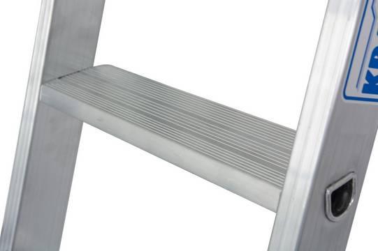 Drabina przystawna ze stopniami, jednoelementowa - mocne, wpustowe połączenie stopni z podłużnicami